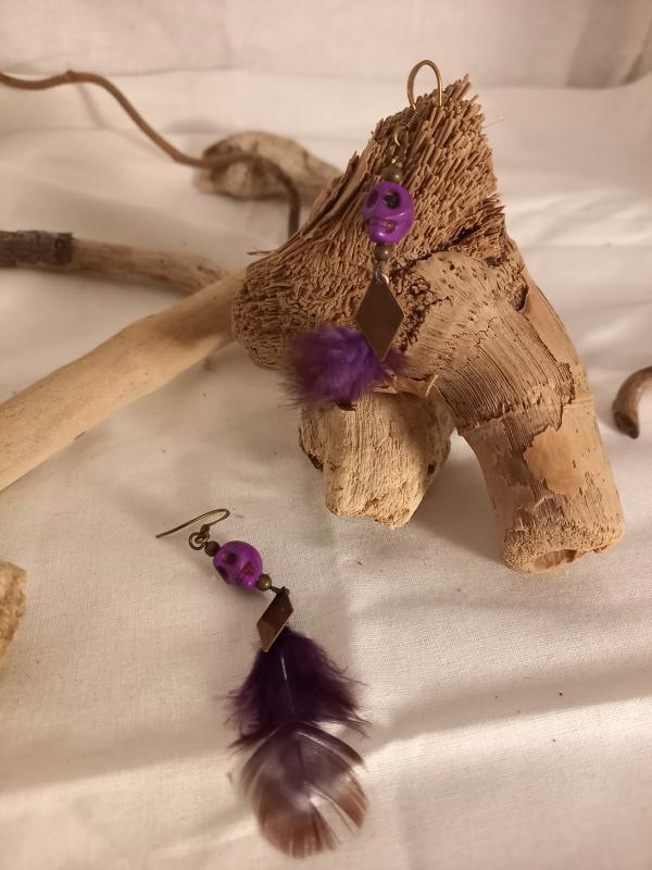 """Boucles d'oreilles """"tête de mort violette"""""""