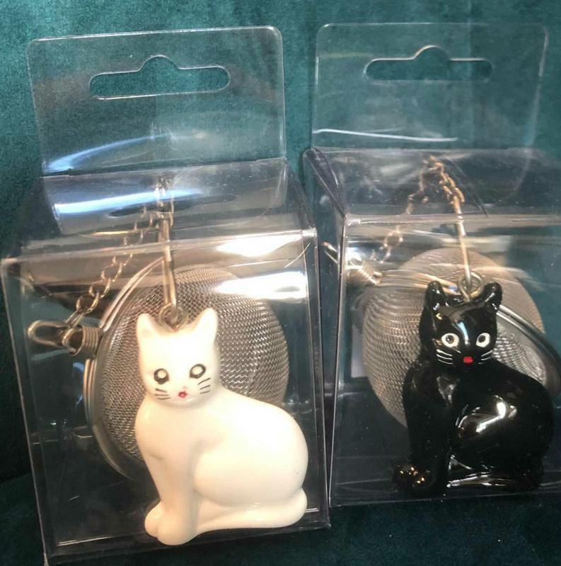 Boule à thé chat noir ou blanc