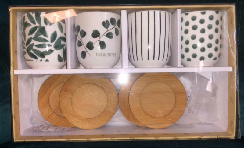 Coffret 4 tasses + sous tasses bambou