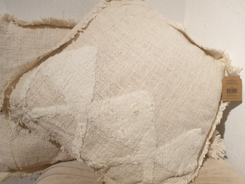 Coussin carré Hoggar coton brut tufté écru  COU224