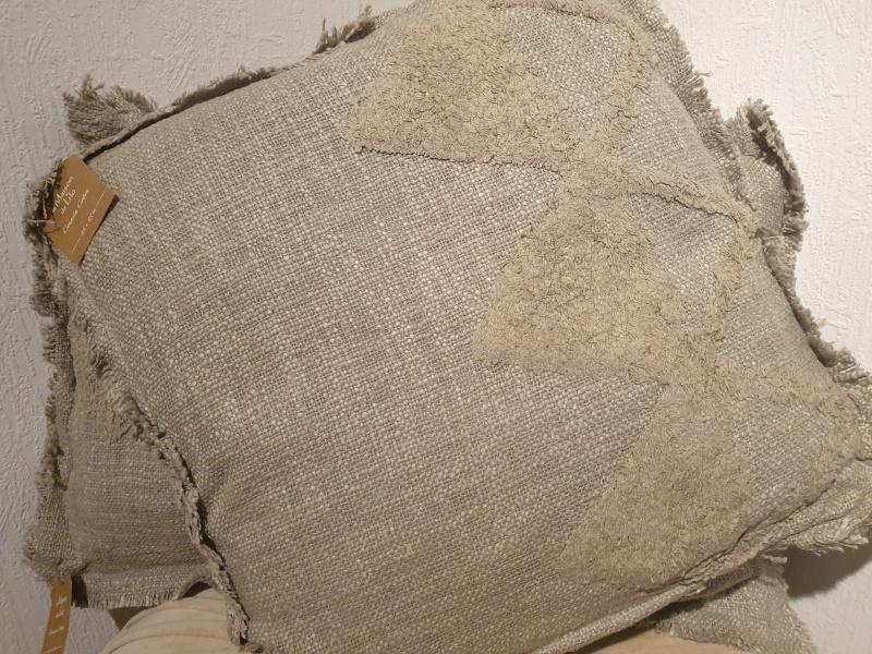Coussin carré Hoggar coton brut tufté gris COU226