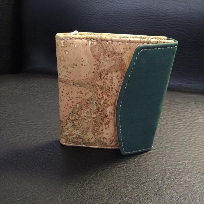 Petit portefeuille liège naturel doré et vert