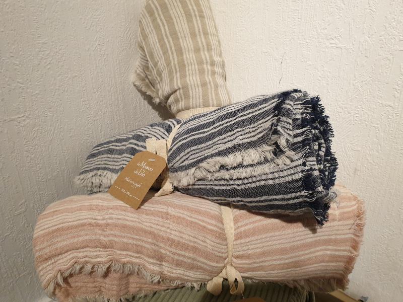 Plaid coton gaufré 130 par 190cm