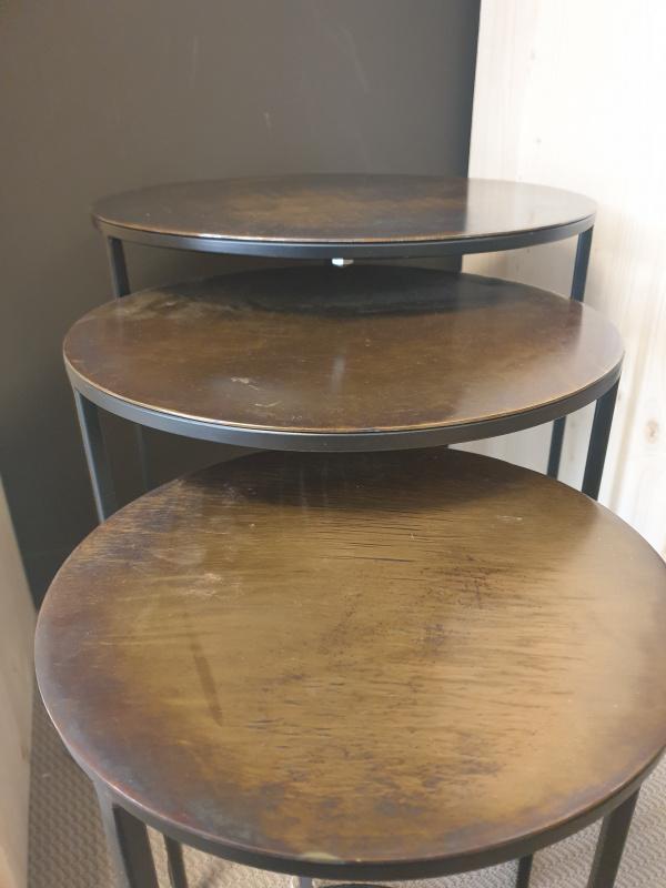 Tables, bouts de canapé  par 3