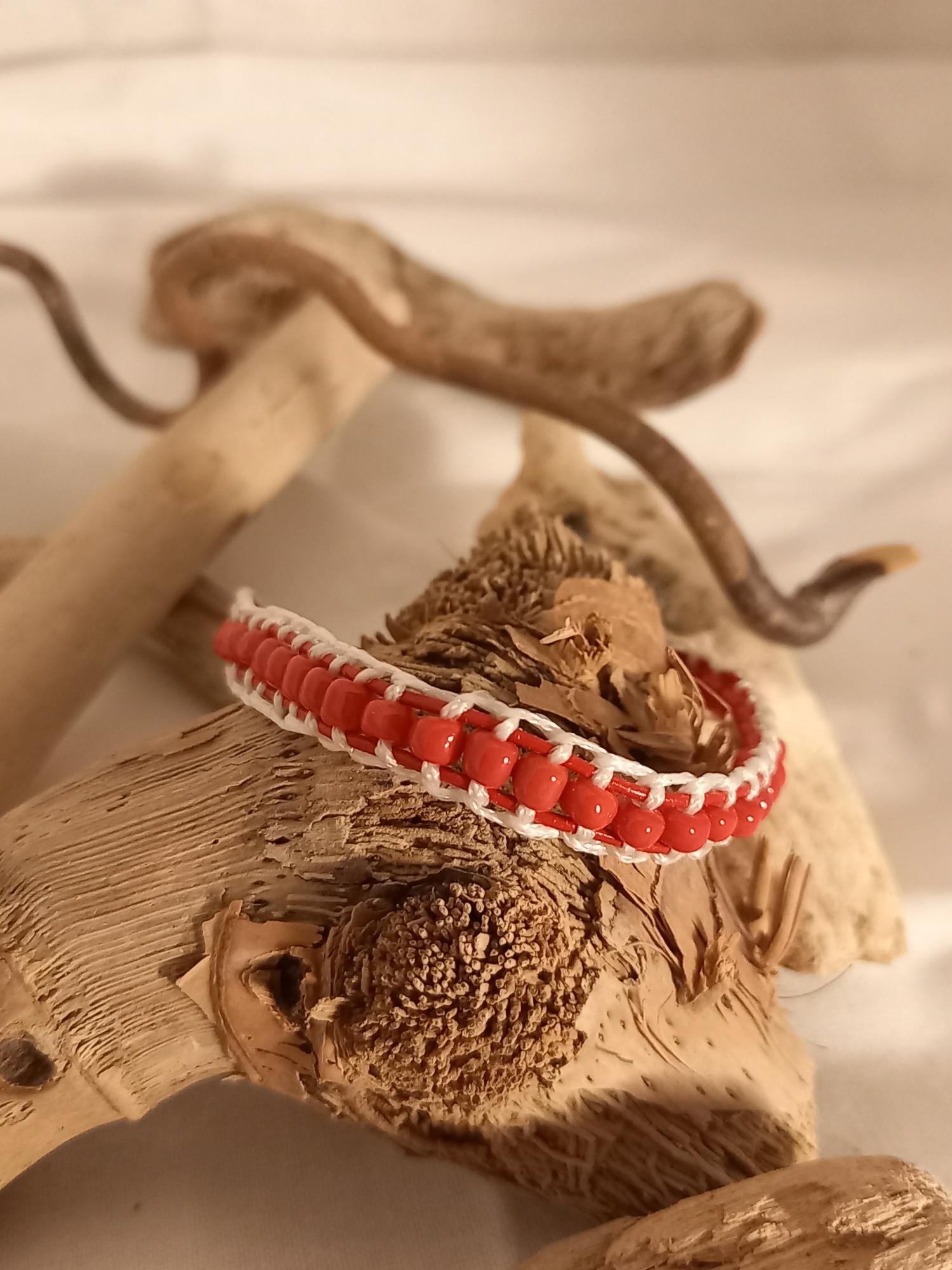 "Bracelet ""macramé rouge"""