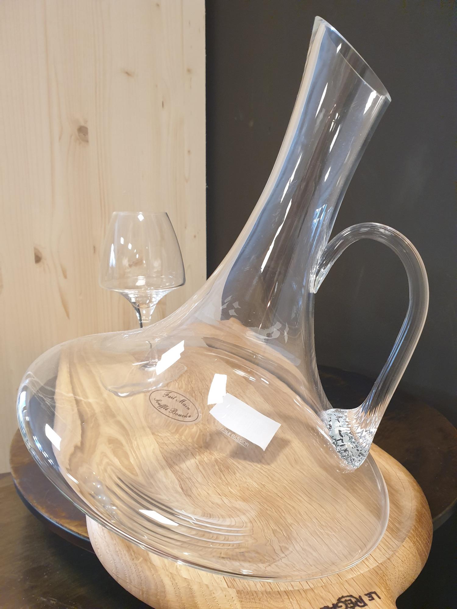 Carafe vin oblique