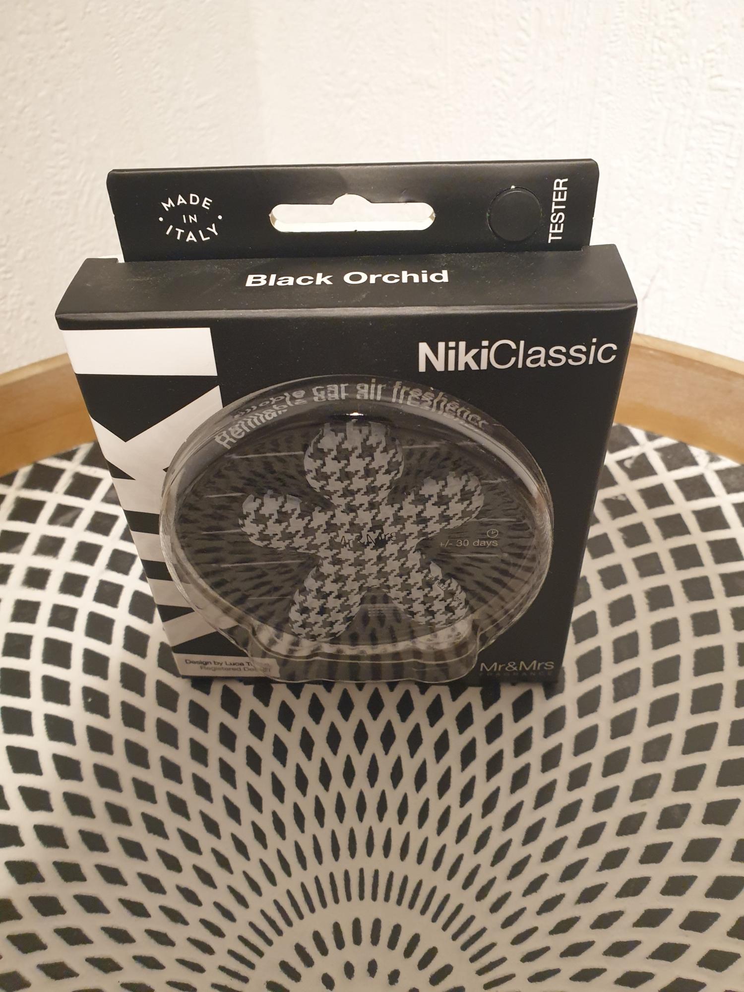 Niki Classic Noir et blanc tacheté avec recharge Black orchid